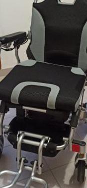 Silla de ruedas electrica nueva