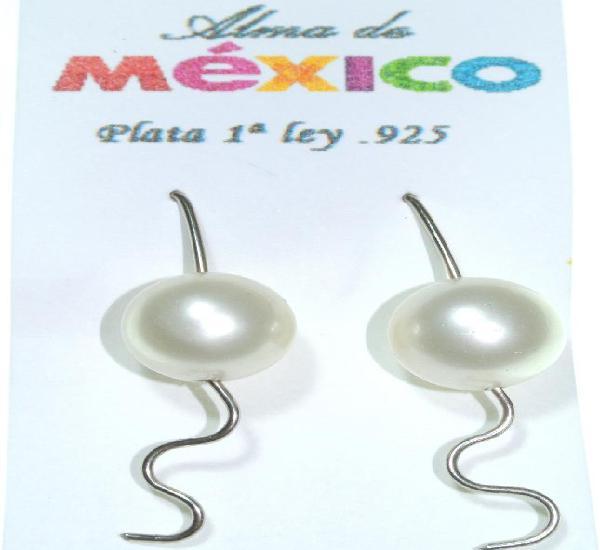 Pendientes de plata de 1ra ley.925 con perla intermedia, 4.2