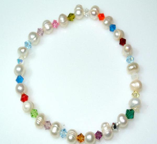 Pulsera de perlas naturales y cristal, elastica, nueva