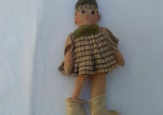 Muñeco muy antiguo
