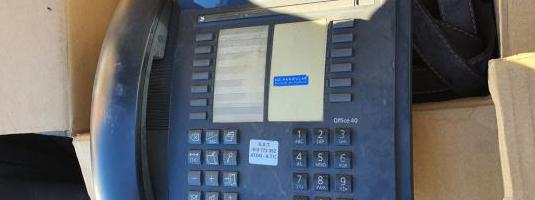 Telefono office 40