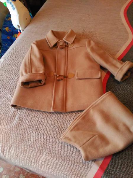 Abrigo niño talla 2