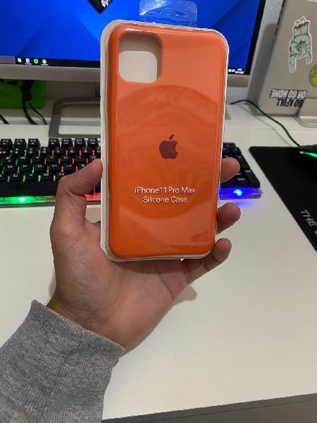 Funda siliciona naranja iphone 11 pro max