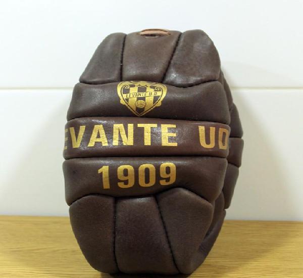 Levante u.d.balón de futbol. replica.conmemoración 100
