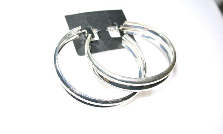 Pendientes de aro plata, diametro 6.2 cms, nuevos con