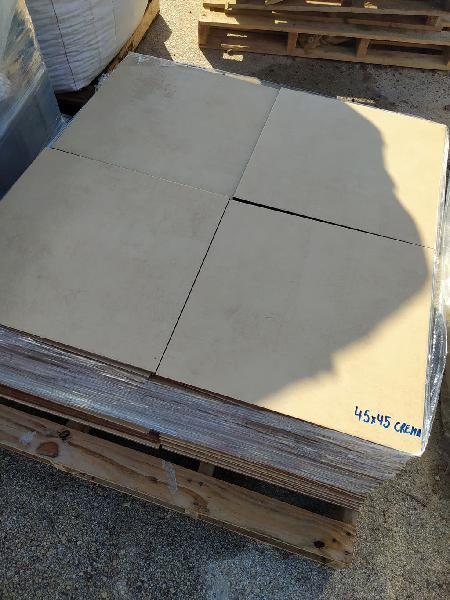 Baldosa para suelo 45x45 crema (lote 29 m2)