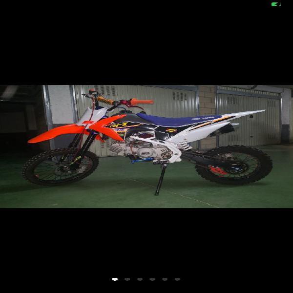 Pit bike rebel master 140 cc