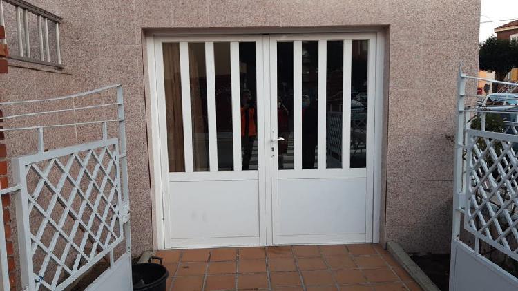 Puerta de doble hoja de aluminio 210*200