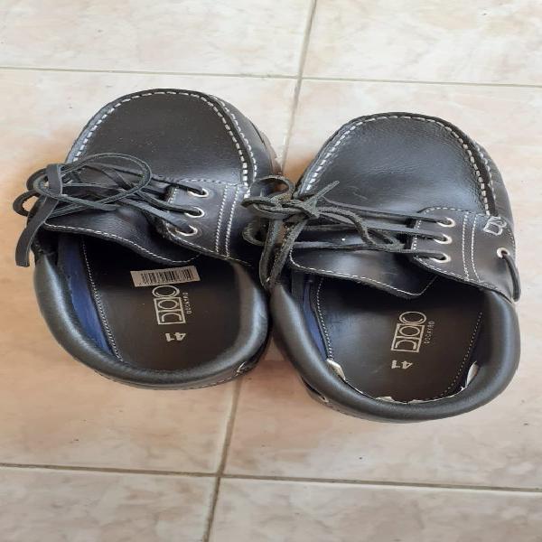 Zapatos/náuticos nuevos