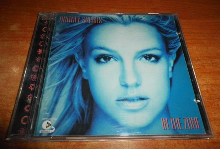 Britney spears in the zone cd album año 2003 madonna ying