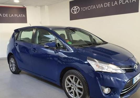 Toyota verso 130 advance 7pl. 5p.