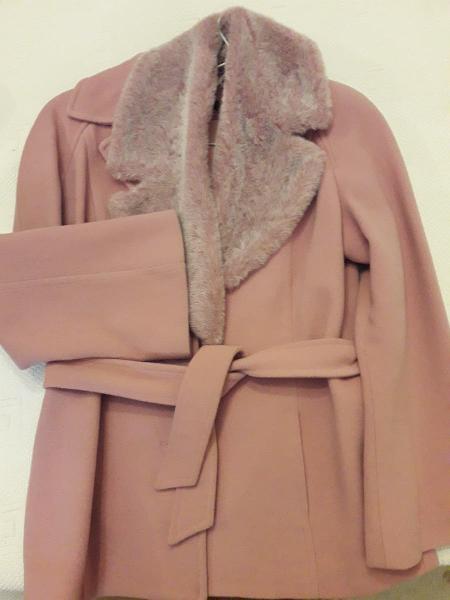 Abrigo chaquetón rosa