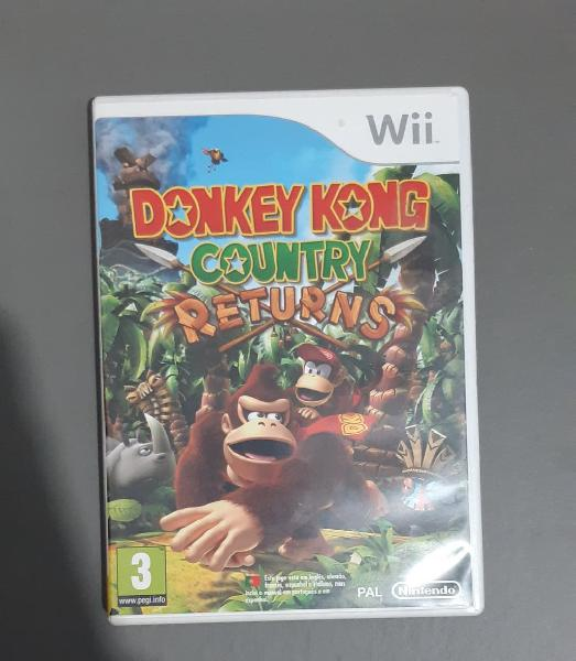Juego donkey kong country returns. wii