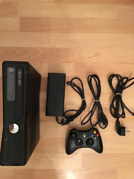 Xbox360 consola, mando inalámbrico, cables