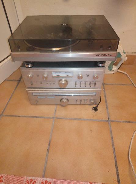 cadena música con tocadisco
