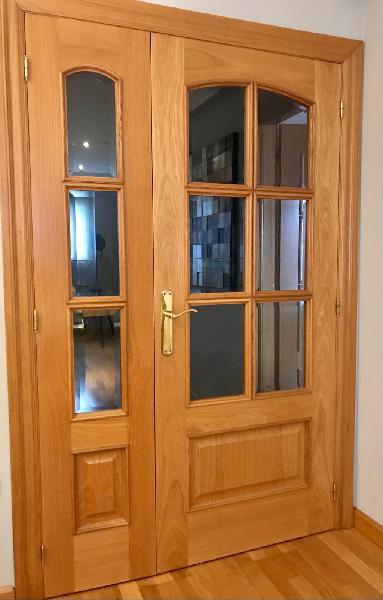 Puerta acristalada de doble hoja interior