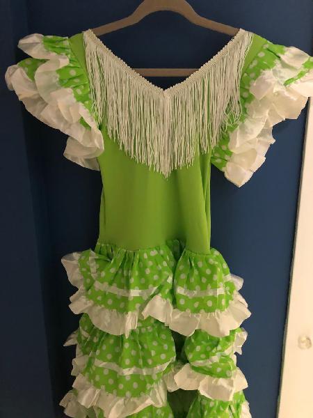Vestido de flamenca niña color verde claro