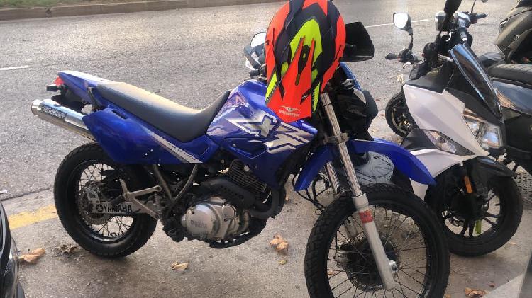 Xt 600e 2001