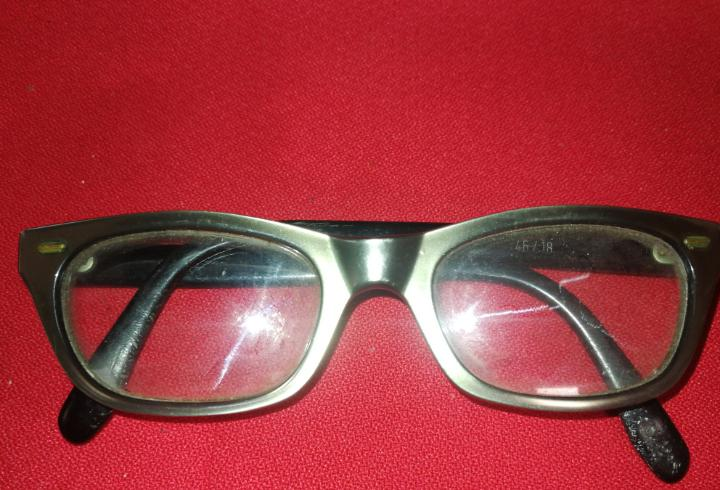 Gafas retro graduadas, marca fra, 46/18,original color.