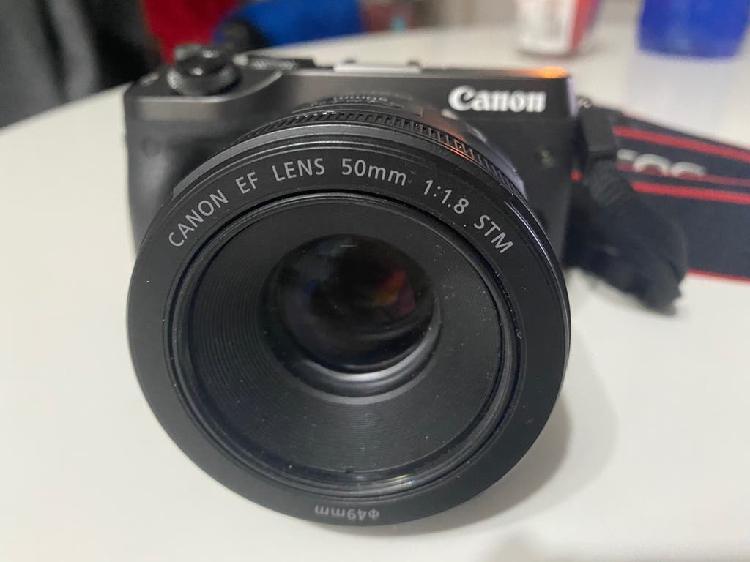 Canon eos m6, obj 50mm y adaptador pack