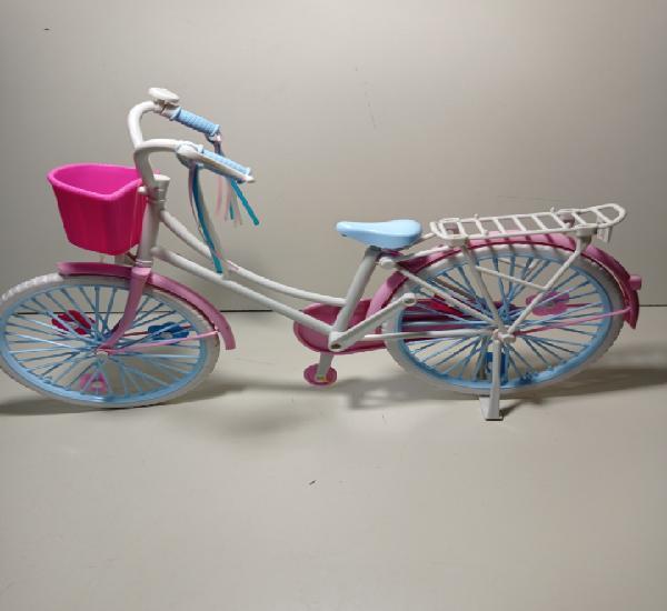 Bicicleta nancy. le faltan los pedales.