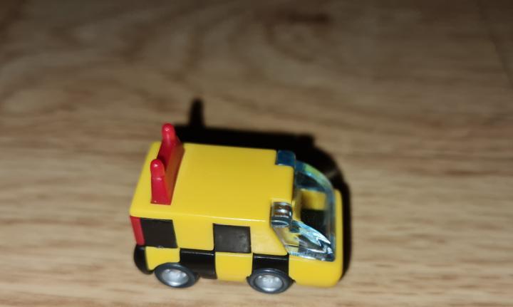 Figura kinder ferrero antigua coche camión furgoneta