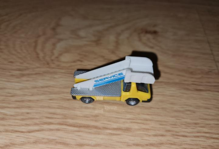 Figura kinder ferrero antigua coche camión grúa obras