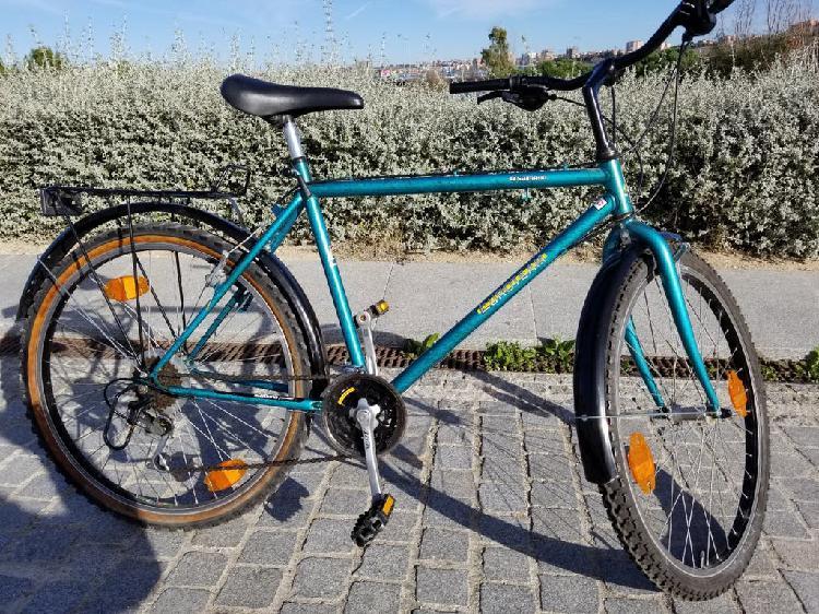 Bicicleta rin 26 marca shimano