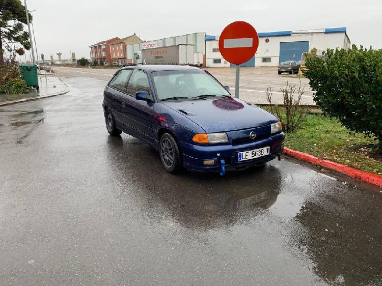 Opel astra gsi 8v. 1992