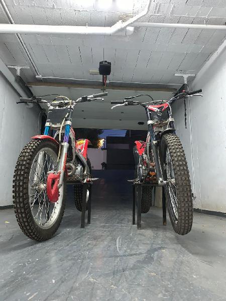 Vendo pack de trial, consta de dos motos y carro