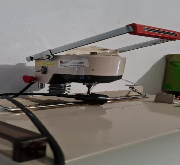 Taladro electrico de imprenta lihit auto punch