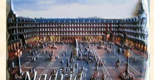 Imán Madrid 3D forma de piedra Plaza Mayor