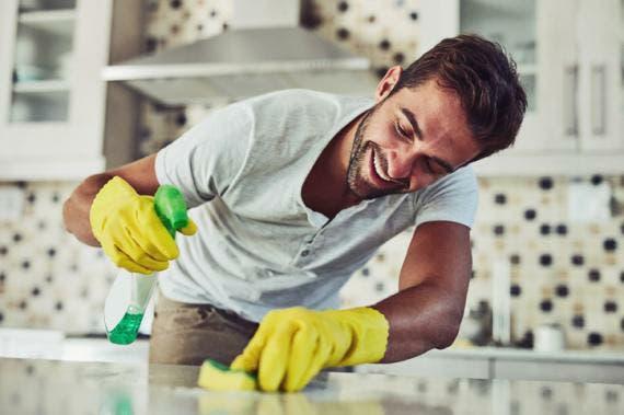 Ahorra, limpia y desinfecta solo con agua