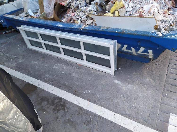 Ampliación de puerta con cristalera