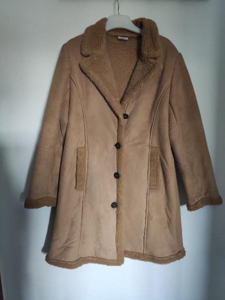 Abrigo piel y borreguito marrón