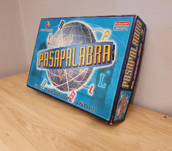 "Divertido juego de televisión ""pasapalabra""."