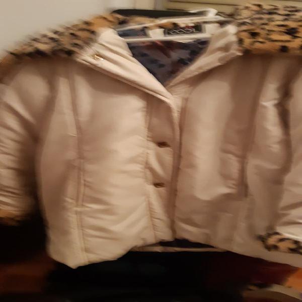 Abrigo color crema
