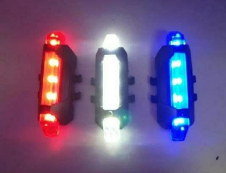 1 luz led bicicleta o monopatin recargable