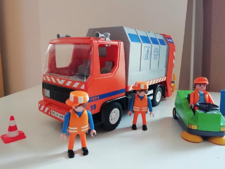 Camión de basura de playmobil.