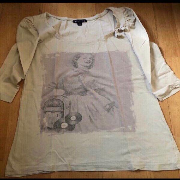 Camiseta manga tres cuartos hueso stradivarius