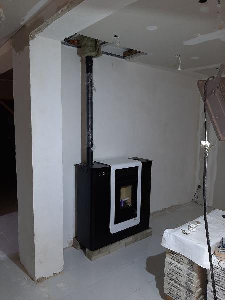 Instalador profesional estufa pellet a normativa.