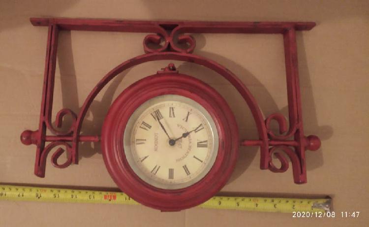 Reloj pared (estación tren)