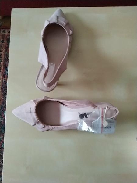 Zapatos a estrenar de ante color rosa palo, t 39