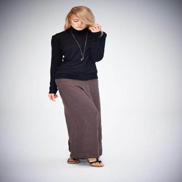 Cuello de tortuga negro / blusa de manga larga / top negro