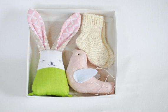 Pregnancy gift set for new mum gift box, newborn baby wool