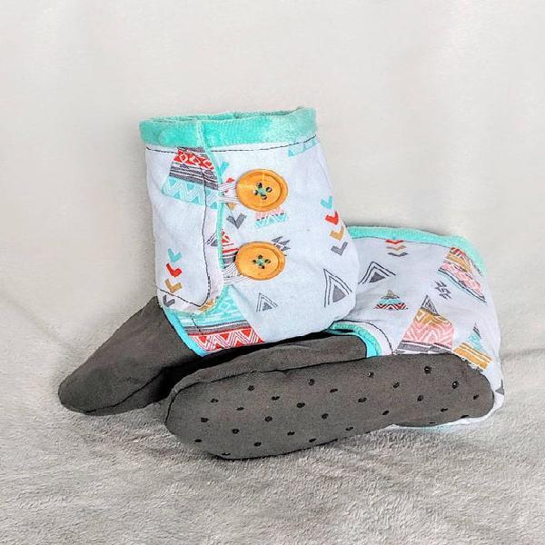 Tee pee baby boots