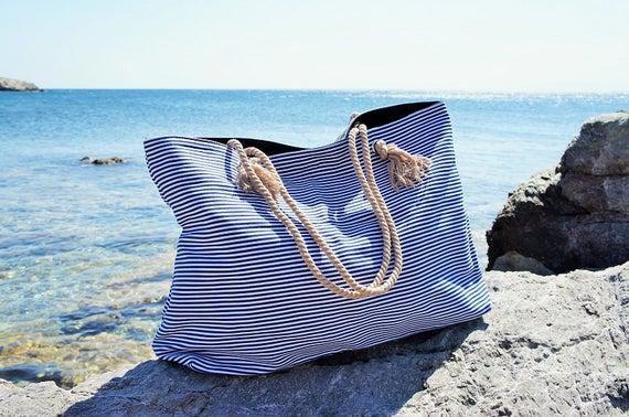 Xl canvas beach bag / blue navy stripes / rope cord closure