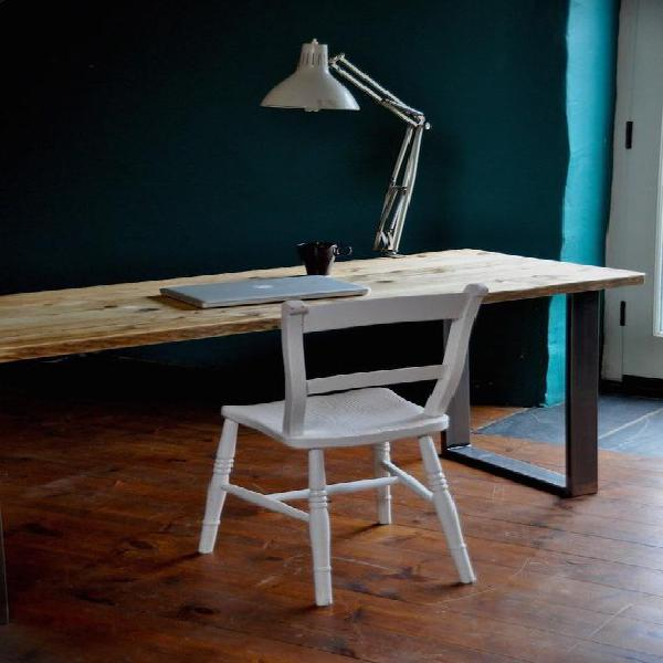 Mesa escritorio de madera reciclada patas de metal estilo