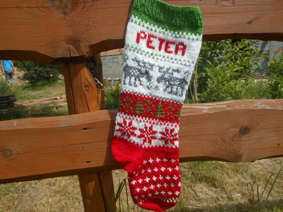 Personalizado navidad media mano tejida con ciervos regalo
