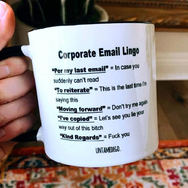 Taza de lingo de correo electrónico corporativo